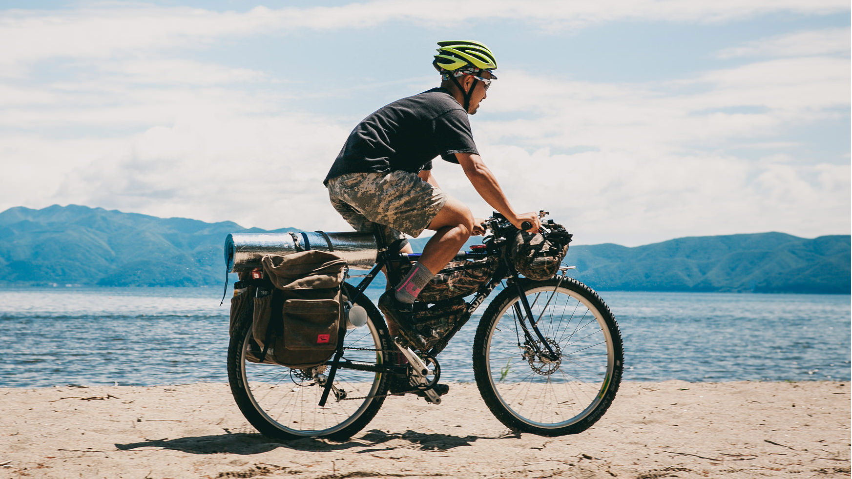 bikepacking-di-xe-dap-da-ngoai-dap-xe-