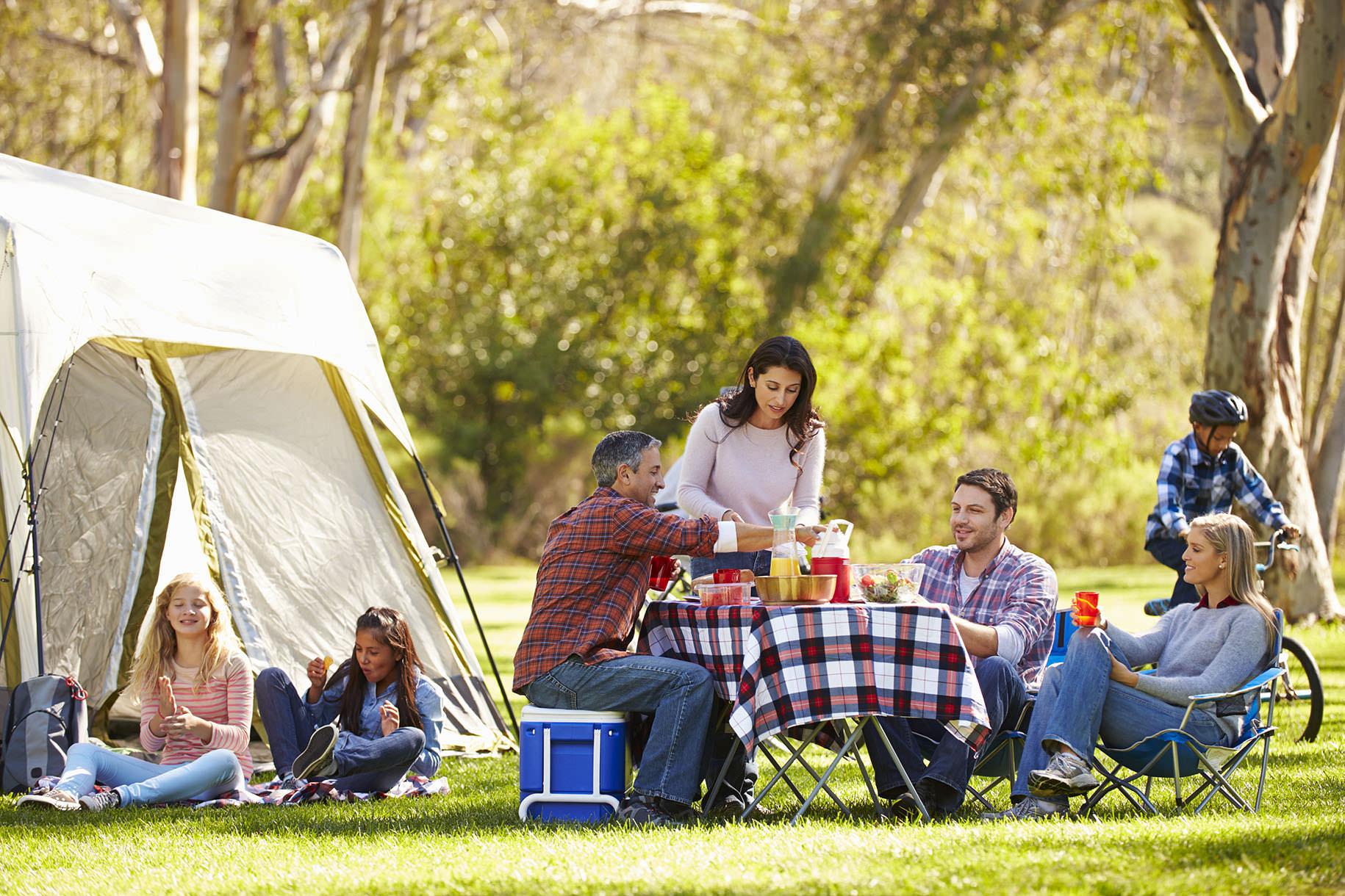 Kết quả hình ảnh cho đồ cắm trại cần mang theo n