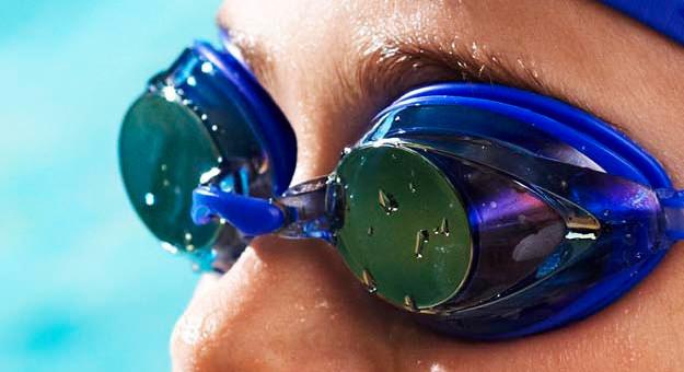 kinh nghiệm lựa chọn kính bơi tốt khi đi bơi