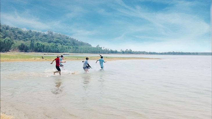 Những trải nghiệm ở hồ Dầu Tiếng