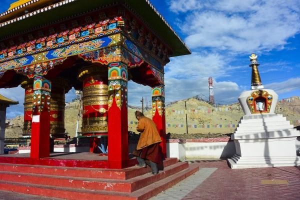 Hanh-huong-Ladakh-tim-ve-mien-dat-Phat-wetrekvn.jpg