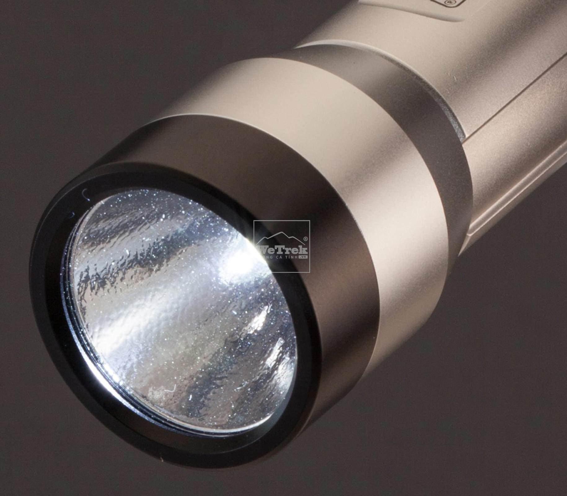 den-pin-coleman-batterylock-150-2000022294-5931-wetrek.vn-1